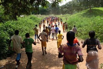 Imagen de agosto de 2015, cuando 163 niños fueron liberados por la milicia anti- Balaka en el pueblo de Batangafo, en la República Centroafricana. Foto: UNICEF/ Le Du