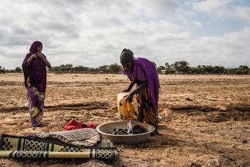 El agravamiento de la sequía ha dejado a cientos de miles de somalíes sufriendo escasez de agua y comida.