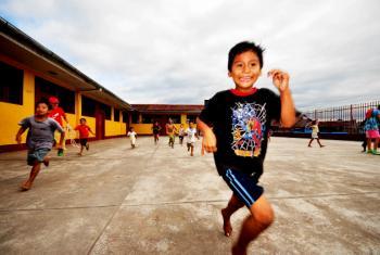La actividad física no debe confundirse con deporte, ya que comprende cualquier movimiento corporal que consuma energía.