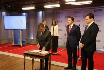 """Fundación Siemens Colombia y Gobierno Nacional firman acuerdo para fortalecer proyectos del programa """"Manos a la Obra para la Paz"""". Foto: PNUD Colombia"""