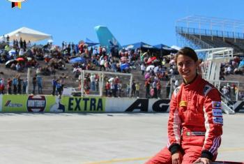 Alexandra Mohnhaupt, de 17 años, es la única mujer en México en la Fórmula 4 y en obtener la licencia FIA, que permite a los pilotos ser parte de los Grandes Premios de Fórmula 1. Foto: gentileza de Alexandra Mohnhaupt.