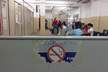 Cartel del Instituto de Previsión Social en Paraguay. Foto: Noticias ONU/Rocío Franco.