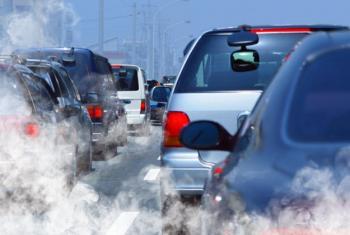 El sector del transporte en América Latina y el Caribe es el mayor productor de emisiones de CO2 en la región. Foto: UNEP