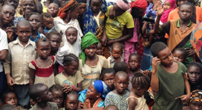Des résidents de Bangui en République centrafricaine. Photo ONU/Samir Afridi