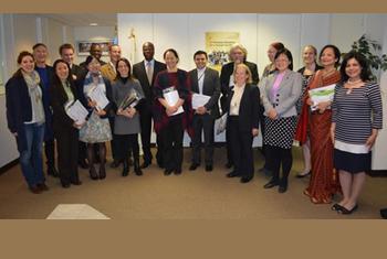 Cérémonie de remise des prix aux lauréats du concours d'écriture créative, organisé par la Section de français du Programme d'enseignement des langues de l'ONU, en partenariat avec la Représentation permanente de la Francophonie auprès de l'ONU (