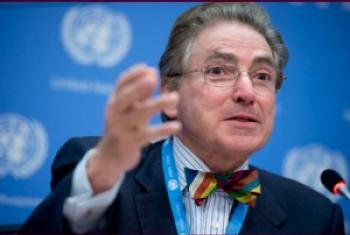 Alfred de Zayas, Expert indépendant pour la promotion d'un ordre international démocratique et équitable.