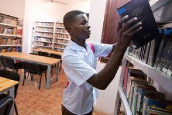 Une bibliothèque rénovée par la MINUAD au Darfour.