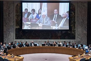 Staffan de Mistura, Envoyé spécial de l'ONU, intervient par videoconference, lors de la réunion du Conseil de sécurité sur la Syrie (Crédit photo : ONU/Kim Haughton)