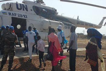 Après quatre ans de vie dans la promiscuité, les familles du site de protection des civils (POC) à côté de la base de la MINUSS à Melut, au Soudan du Sud, ont regagné leurs foyers. (