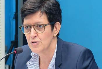 Florence Marchal, porte-parole adjointe de la Monusco anime la Conférence de presse de l'ONU du 08/11/2017 à Kinshasa. Radio Okapi/ Ph. John Bompengo