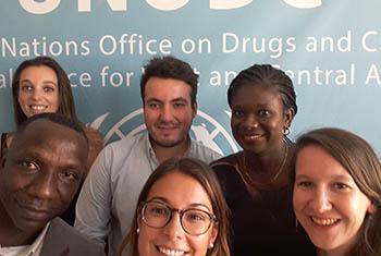 Les Volontaires du Bureau des Nations Unies sur a drogue et le crime en Afrique de l'ouest et du centre - Photo : Maïa Mendjisky, jeune volontaire ONUDC