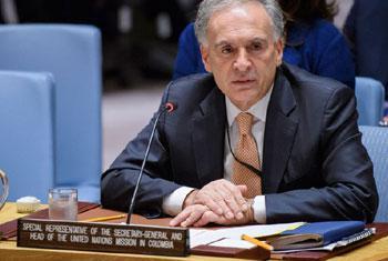 Jean Arnault, le Représentant spécial du Secrétaire général pour la Colombie, devant le Conseil de sécurité. Photo archives, ONU/Manuel Elias