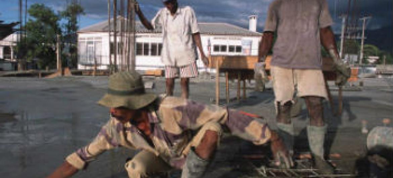 Especialização de novos trabalhadores. Foto: Banco Mundial/Alex Baluyut