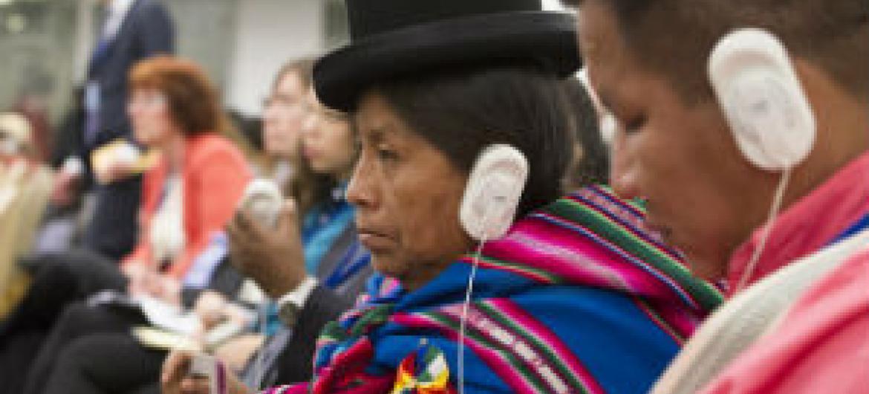 Participantes do Fórum dos Povos Indígenas, que acontece na sede da ONU até 23 de maio. Foto: ONU/Eskinder Debebe