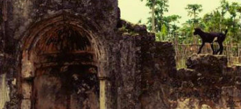 Ruínas na Tanzânia. Foto: Unesco