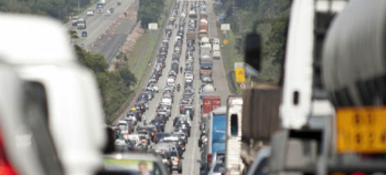 Rodovia em São Paulo, Brasil. Foto: Banco Mundial