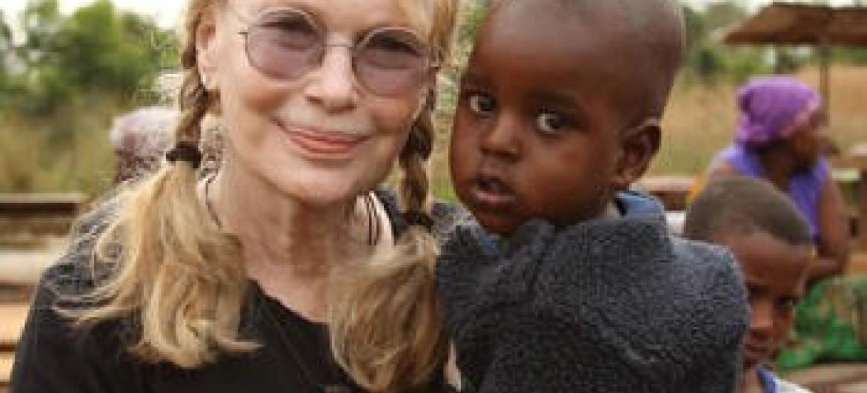 Mia Farrow na República Centro-Africana. Foto: Unicef/Menezes