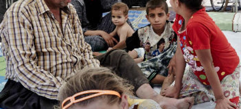 Ajuda humanitária para famílias desalojadas. Foto: Ocha