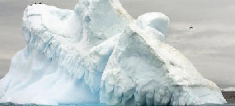Os efeitos da mudança climática podem ser vistos no derretimento da geleira Collins, na Antártida.Foto: ONU/Eskinder Debebe