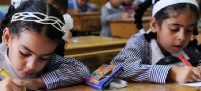 Crianças na escola em Gaza. Foto: Unesco/Shareef Sarhan