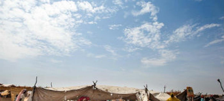 Acampamento de deslocados em Darfur. Foto: Unamid/Albert Gonzalez Farran