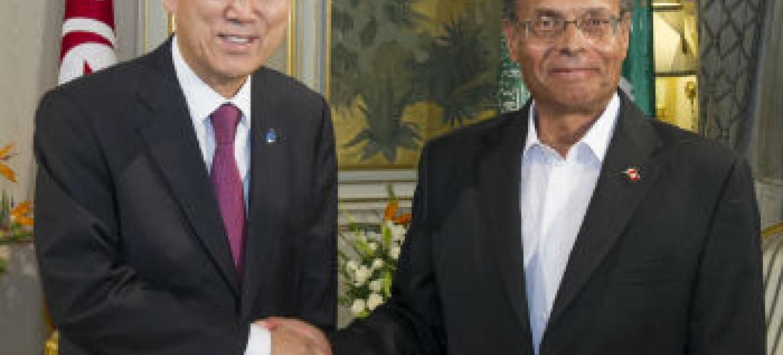 O secretário-geral da ONU, Ban Ki-moon (à esq.), e o presidente da Tunísia, Mohamed Moncef Marzouki. Foto: ONU/Eskinder Debebe