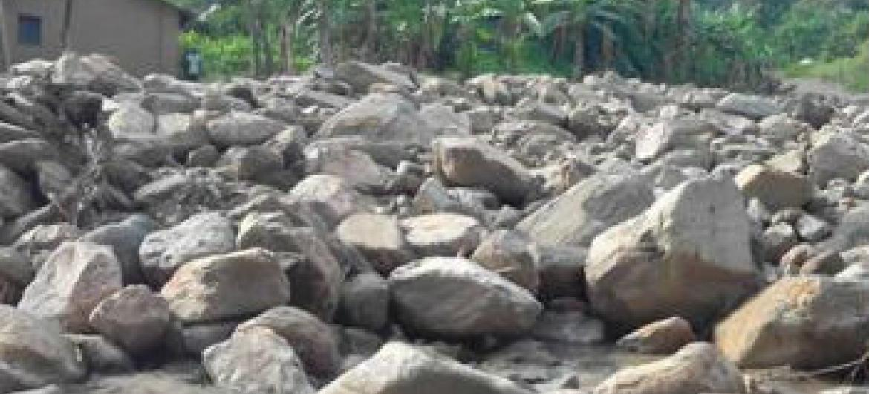 Deslizamento de rochas causado por fortes chuvas. Foto: Monusco/Hugo Desjardins
