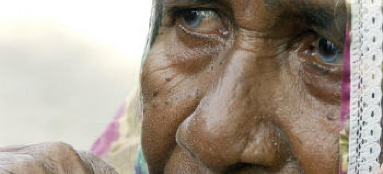 Segundo a OIT, mais de 90% dos idosos cabo-verdianos recebem pensão.Foto: ONU/Evan Schneider