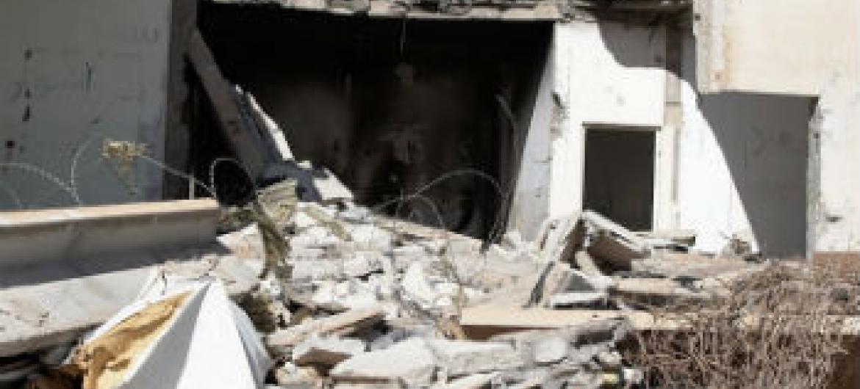 Destruição de edifícios na Líbia. Foto: Irin/Jorge Vitoria Rubio