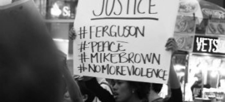 Protestos em Missouri. Foto: Loey Felipe