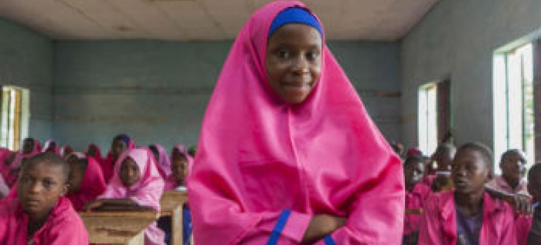 Crianças em escola na Nigéria. Foto: Unicef/Eseibo