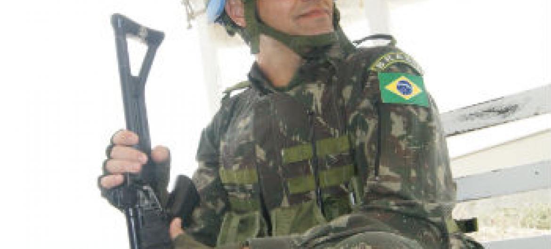 Militar brasileiro no Haiti. Foto: Rádio ONU