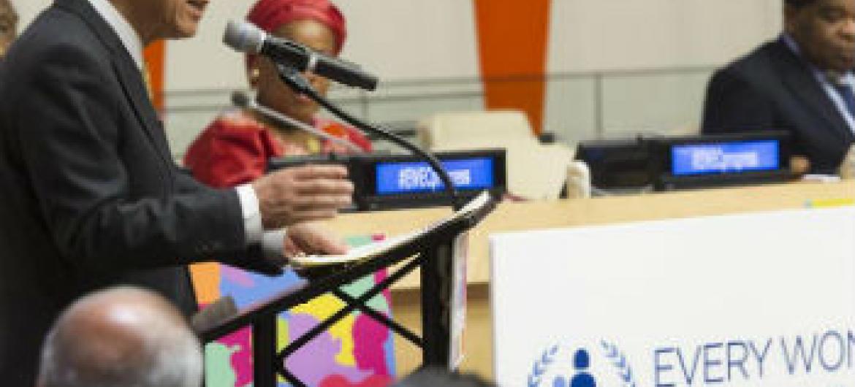 Ban Ki-moon discursa no lançamento do relatório. Foto: ONU/Mark Garten