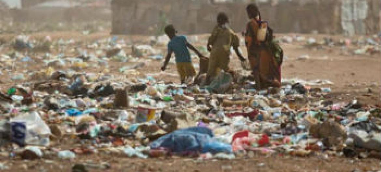 """Representante do secretário-geral afirmou que a ação representa """"desrespeito pela vida das pessoas que trabalham na ajuda humanitária na Somália"""". Foto: Unicef/Holt"""