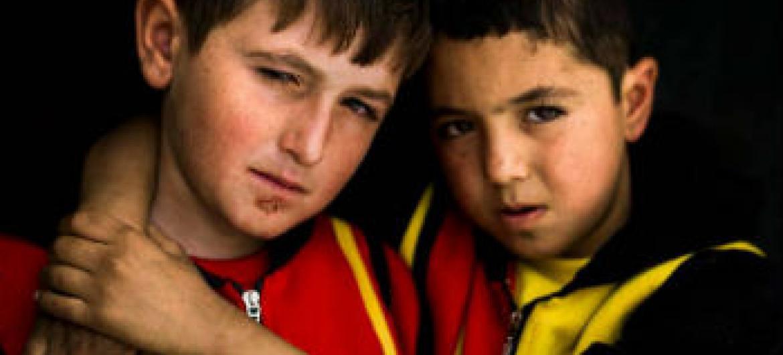Meninos iraquianos vítimas do conflito no país. Foto: Acnur/D. Nahr