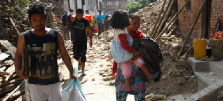 Assistência humanitária para o Nepal. Foto: Unicef/NYHQ2015-1110/Panday