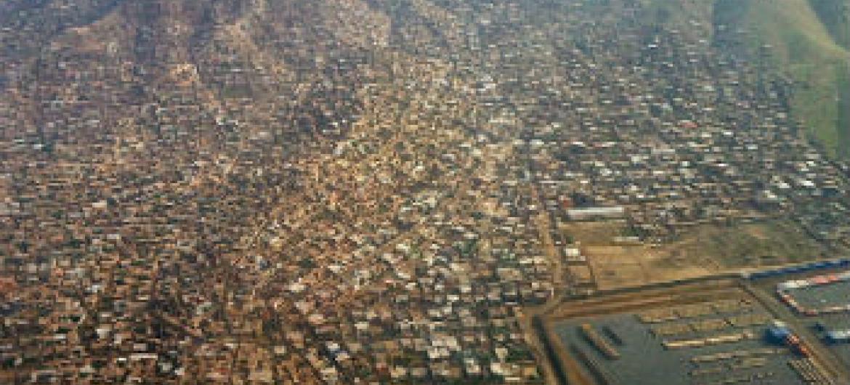 Vista aérea da cidade de Cacul, Afeganistão. Foto: Unama/Ari Gaitanis