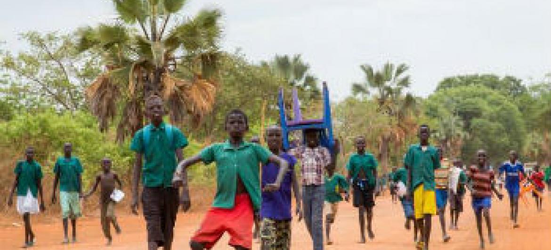 Sul-sudaneses deslocados. Foto: Unmiss/JC McIlwaine