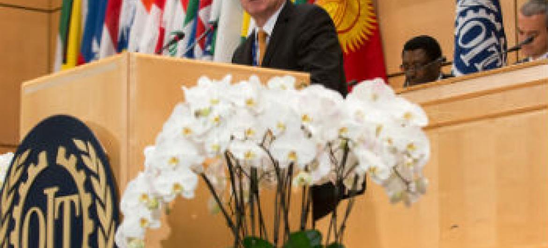 Diretor-geral da OIT fala na 104ª sessão da Conferência Internacional sobre o Trabalho, em Genebra. Foto: OIT
