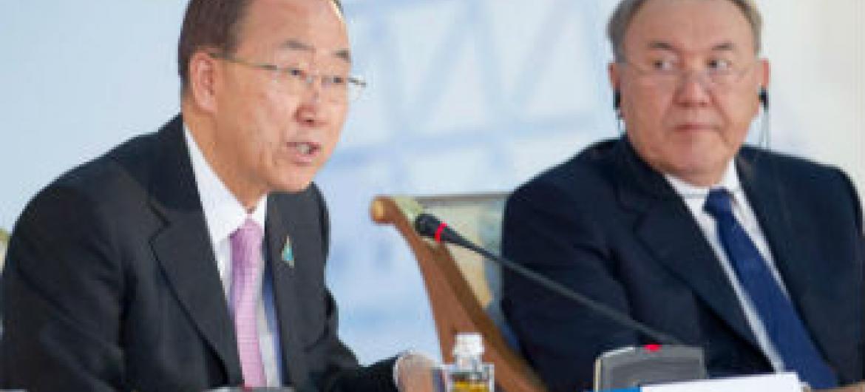Secretário-geral da ONU, Ban Ki-moon, fala no Congresso de Líderes de Religiões Mundiais e Tradicionais, em Almaty, no Cazaquistão. Foto: ONU/Rick Bajornas