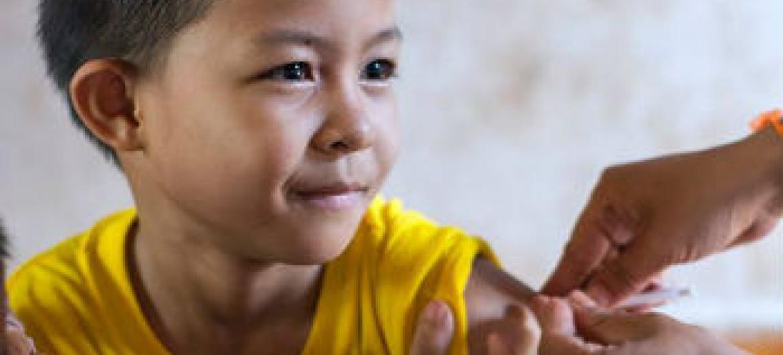 Crianças devem ser vacinadas. Foto: OMS/M. Perier