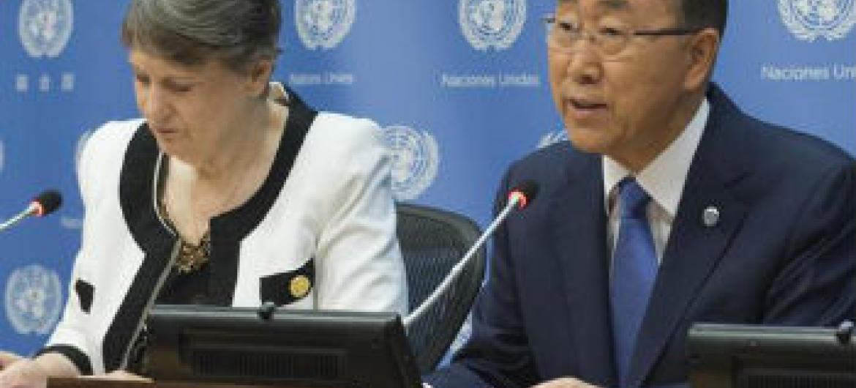 Ban Ki-moon e Helen Clark na apresentação do relatório da Força-Tarefa sobre o ODM 8. Foto: ONU/Eskinder Debebe
