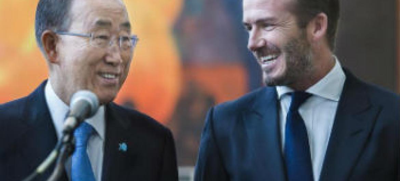Ban Ki-moon e David Beckham no evento, Assembleia da Juventude. Foto: ONU/Amanda Voisard