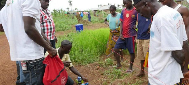 Estudo recomenda medidas para evitar exposição potencial dos parceiros. Foto: OMS Serra Leoa/S. Gborie