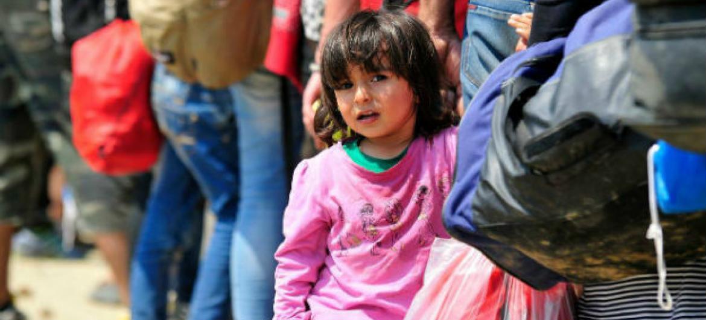 Unicef preocupada com crianças refugiadas que chegam à Europa. Foto: Unicef/Georgiev