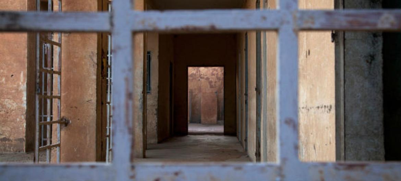 Manual para combater extremismo violento nas prisões. Foto: ONU/Marco Dormino