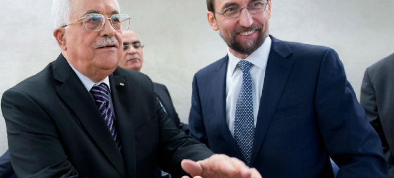 Mahmoud Abbas e Zeid Al Hussein em Genebra. Foto: ONU/Jean-Marc Ferré