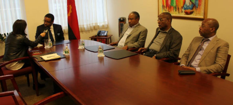 O ministro das Finanças de Angola veio a Nova Iorque lançar títulos da dívida soberana do país.Foto: Xavier Rosa/Missão de Angola na ONU