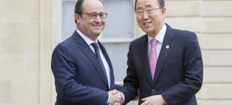 O secretário-geral da ONU, Ban Ki-moon, e o presidente da França, François Hollande, se reuniram em Paris. Foto: ONU/Rick Bajornas.