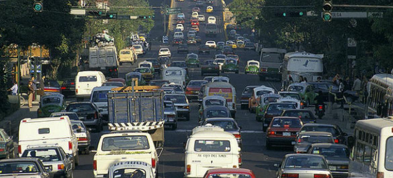 A taxa de mortalidade por lesões em acidentes de trânsito na América Latina e Caribe chegou a 15,9 mortos para cada 100 mil habitantes.Foto: Banco Mundial/Curt Carnemark